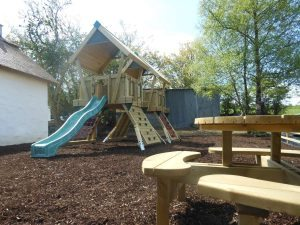 Loughcrew Playground and Picnic Table